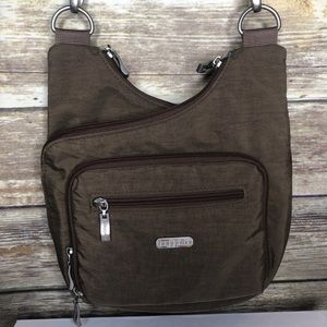 Baggallini crossbody travel purse brown bag wallet
